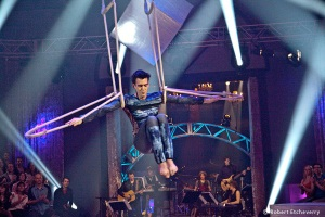 Acrobat, Aerial Rope/Silk/Lyra Artist
