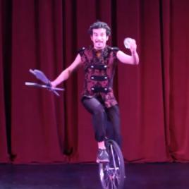 Juggling Artist