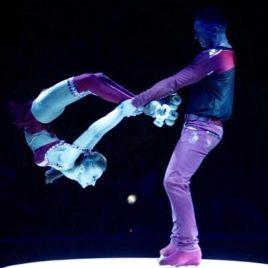 Roller Skating Duo / Hula Hoop Act