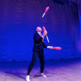 Clubs Juggling act