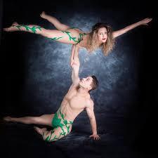 Hula hoops / Juggling / Adagio / Duo Silk / Hand balance