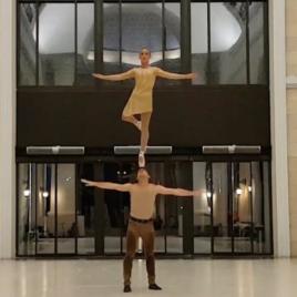 Adagio /  Ballet on shoulder / Duo Silk