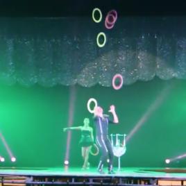 Clown / Juggling act